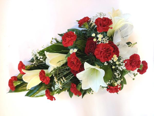 Kukkalaite punavalkoinen neilikasta